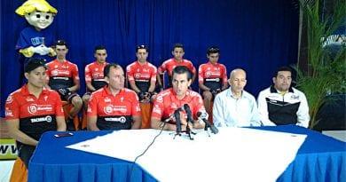 """Presentado Equipo """"Lotero"""" Que Correrá La Vuelta Ciclista A Uruguay"""