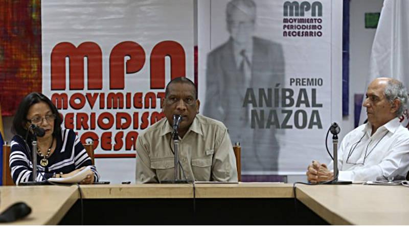 VIII Edición del Aníbal Nazoa premia 27 comunicadores